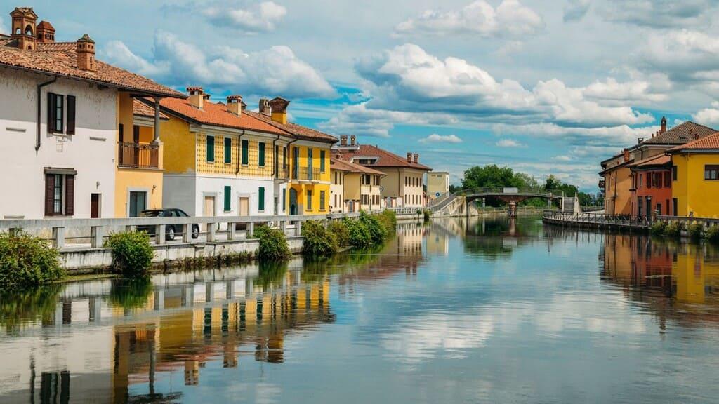 Come-raggiungere-i-Navigli-di-Milano