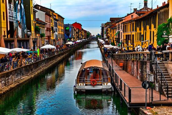 Mercatone-Antiquariato-Sul-Naviglio-di-Milano