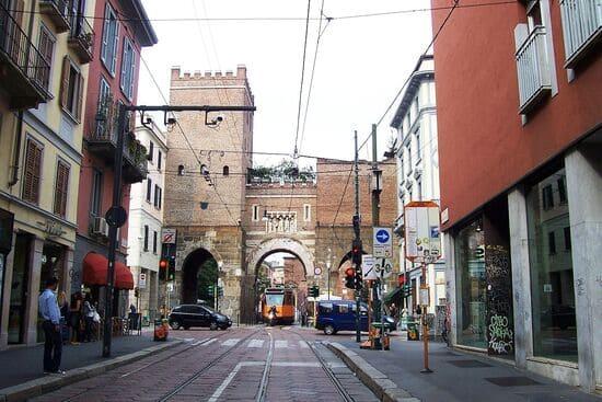 Porta-Ticinese-di-Milano