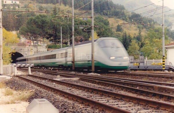 Raggiungere-i-Navigli-in-treno