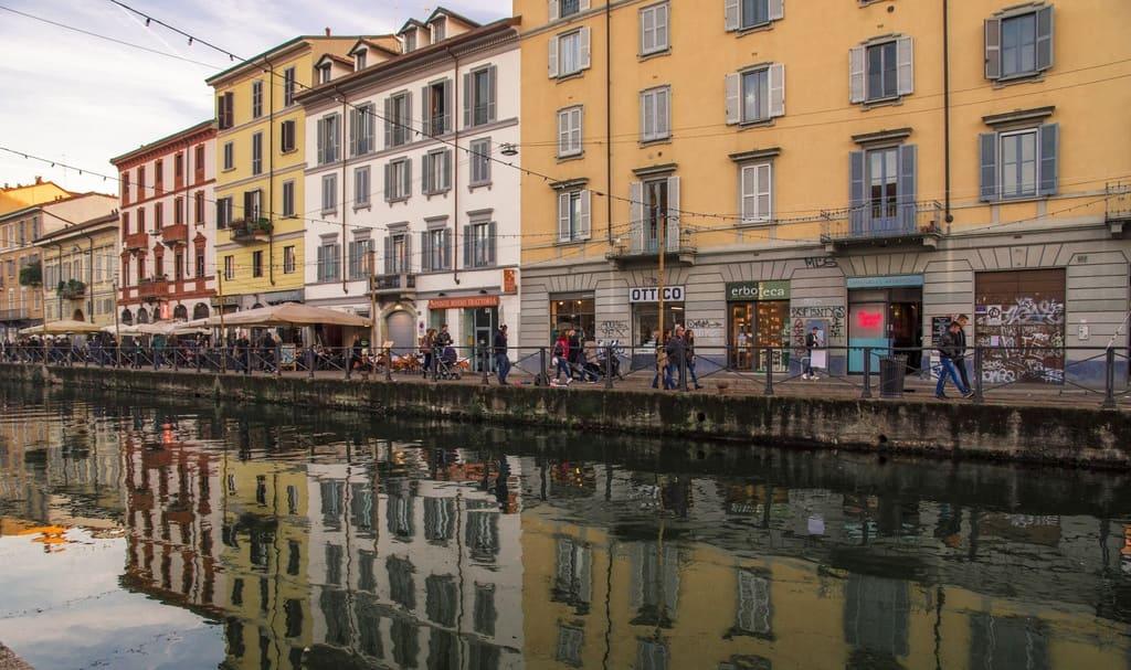 Il-miglior-aperitivo-sui-Navigli-di-Milano